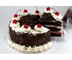 1/2 half kg black forest cake