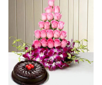 Hugs N Kisses flowers and cake combo