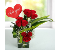 https://www.emotiongift.com/red-roses-love-arrangement