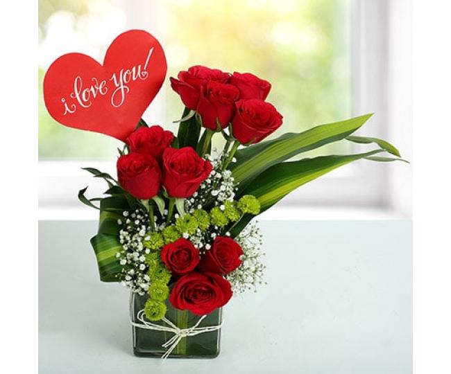 Red Roses Love Arrangement