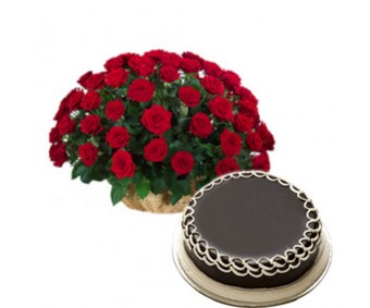 Big Love - Red Roses and 1 kg Chocolate cake