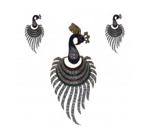 Pendant set peacock